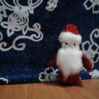 Мастер-класс вязаной пальчиковой игрушки из шерстяных ниток «Дедушка Мороз»