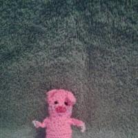 Мастер-класс вязаной пальчиковой игрушки из шерстяных ниток «Поросёнок Наф-Наф»