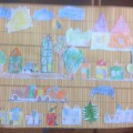 «Что нам стоит дом построить, нарисуем, будем жить!» Коллаж из детских рисунков.