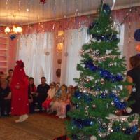 Фотоотчет новогоднего утренника в средней группе «Новогодние чудеса»