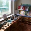 Выставка «Игрушечная военная техника» и выставка рисунков, посвященная Дню Победы