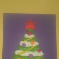 Мастер класс по изображению елки в технике пластилинографии «Горит огнями елочка» для детей старшей группы детского сада