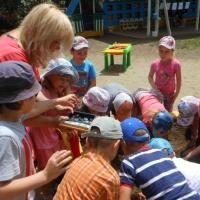 Мастер-класс «Игры-забавы и эксперименты на прогулке» для детей старшей группы