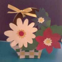 Мастер-класс по изготовлению объемной поделки «Корзинка с цветами»