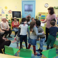 Конспект совместной деятельности родителей и детей старшей логопедической группы «Воспитание толерантности сказкой»
