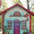 Декоративная композиция во дворе социально-реабилитационного центра для несовершеннолетних. Оформление участка