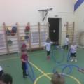 Конспект НОД по физической культуре с обручами для детей второй младшей группы