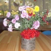 Фотоотчет «Осенний букет. Букеты из осенних цветов и природных материалов»