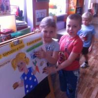 Конспект НОД с детьми подготовительной к школе группы. Коллаж «Полезные и вредные продукты»