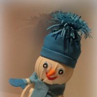 Мастер-класс «Снеговик из фоамирана»