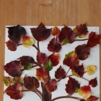 Осенняя картина из листьев в технике «коллаж»