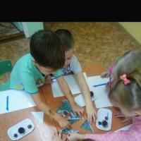 Конспект занятия по художественному творчеству и ручному труду «Ежики»