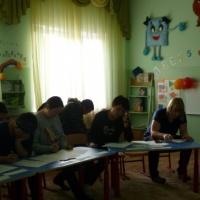 Родительское собрание в средней группе «Путешествие в страну знаний продолжается, или только вперед!»