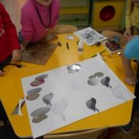 Фотоотчет «Использование элементов пластинографии в работе с детьми разновозрастной группы»