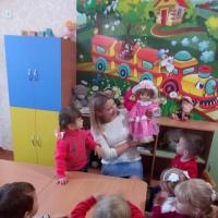 Досуг для детей первой младшей группы «Кукла Маша в гости к нам пришла»