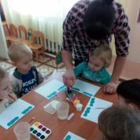 Конспект занятия по рисованию ватными палочками «Дождик, дождик кап-кап-кап» (группа раннего возраста)