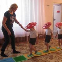 Фотоотчет интегрированного занятия по образовательной области «физическое развитие» «Веселые грибочки» в средней группе