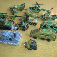 Фотоотчет о выставке поделок военной техники из бросового материала «Наша армия сильна— охраняет мир она»