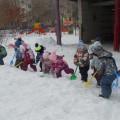 Рады снегу малыши! (фотоотчёт)