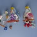 «Веселые бутылочки». Игра для развития внимательности, сноровки и мелкой моторики рук