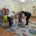 Фотоотчёт о мероприятии для детей раннего возраста с участием родителей «Физкультура с мамами»