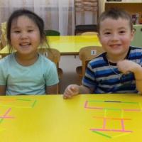Игры со счетными палочками в средней группе «Лесенка. Пирамидка»