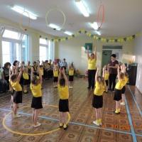 Сценарий физкультурного развлечения с родителями в средней группе детского сада «Путешествие в осенний лес»