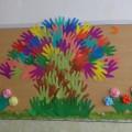 Коллективная работа «Весеннее дерево из ладошек»