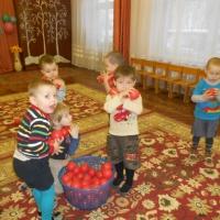 Развлечение, посвященное Дню защитника Отечества (младшая группа)
