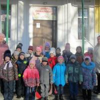 Фотоотчет «Экскурсия дошколят в школу»