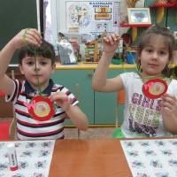 Детский мастер-класс «Медаль для самой любимой мамы»