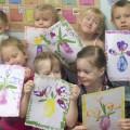 Цветы к Женскому Дню в нетрадиционной технике рисования