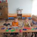 Фотоотчет о нетрадиционной образовательной деятельности по ручному труду в подготовительной группе «Цветы в подарок»