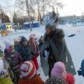 Сценарий спортивного развлечения на улице «Спасем Деда Мороза» или Каникулы продолжаются!