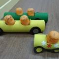 Машинка с пассажирами из бросового материала. Мастер-класс