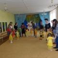 Фотоотчет о совместном развлечении к Пасхе в младшей группе