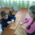 Дидактические игры с резинками «Буквы на штырьках», «Часы», «Составь фигуру»