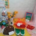 Фотоотчёт творческих работ с выставки «В каждом подарке частичка души», посвящённой празднику «8 марта»