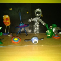 Поделки из бросового материала «Инопланетяне»