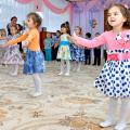 Празднование 8 марта в дошкольном отделении, средняя группа.