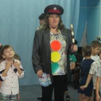 Фотоотчет о развлечении по ПДД в старшей группе «Красный, желтый, зеленый»