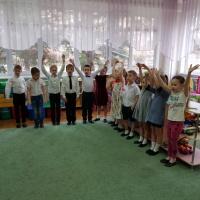 Фотоотчёт о мероприятии по патриотическому воспитанию в подготовительной группе «Защитники Родины своей»