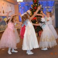 Новогодний утренник «Новогодний переворот» для детей подготовительной группы