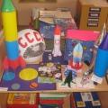 Поделки детей и родителей к Дню космонавтики