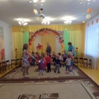 Фотоотчёт о развлечении «В гости к осени»