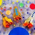 «В космосе так здорово». Коллективное творчество детей старшей группы в технике оригами