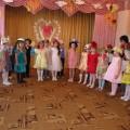 Сценарий праздника для мам «Парад шляпок»