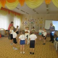 Интегрированное занятие для детей старшего дошкольного возраста «День рождения каравая» по физическому развитию