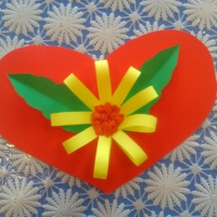 Мастер-класс по изготовлению поздравительной открытки «Подарок маме»