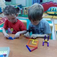 Использование палочек Кюизенера и блоков Дьенеша для развития логико-математических представлений у дошкольников